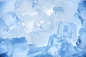 冷蔵庫の掃除と「霜取り」「水抜き」