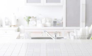 引越しの掃除術!キッチン周辺の頑固な油汚れ、換気扇・ガスコンロ